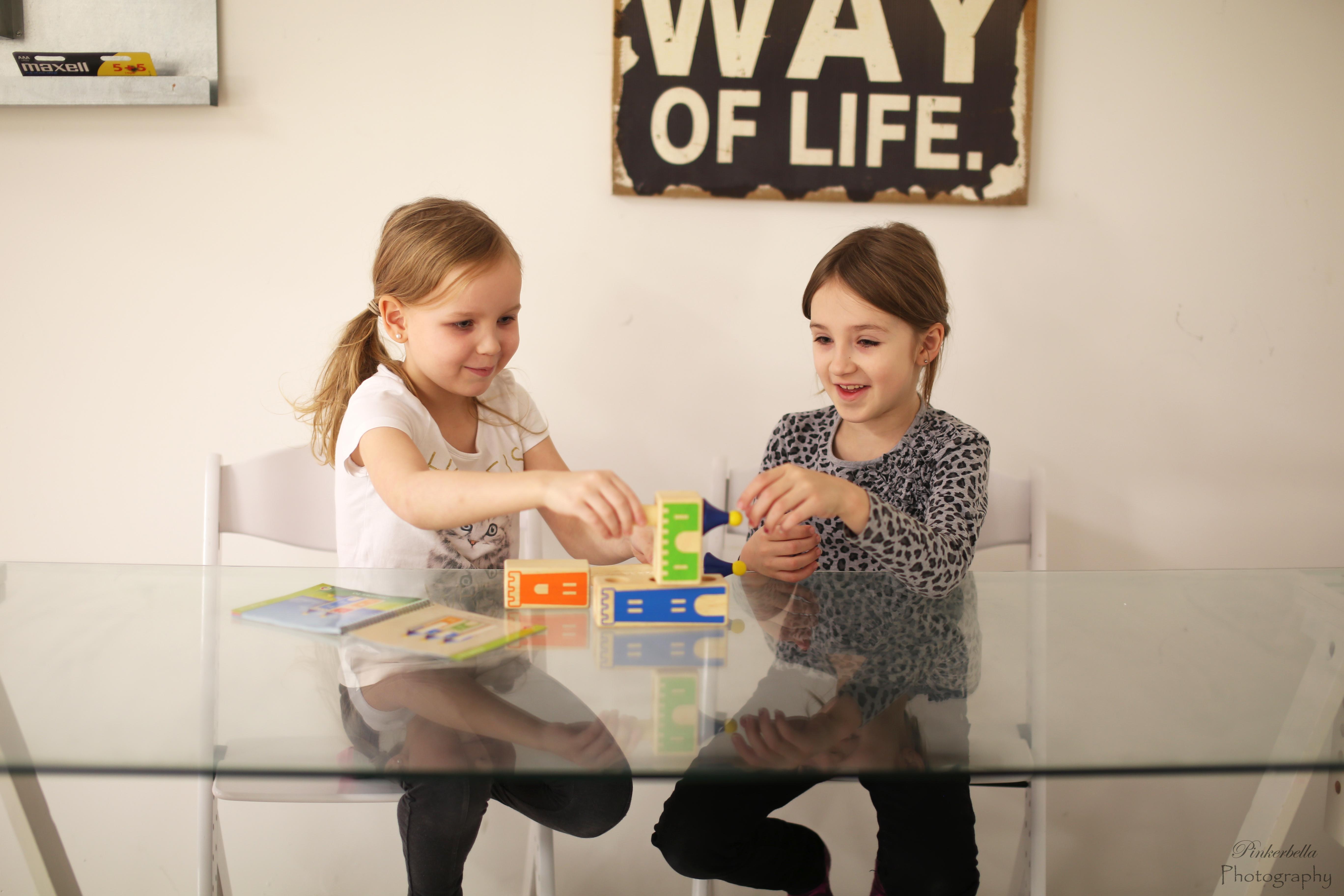 Toimintaterapian kotikuntoutusverkkokurssi vanhemmalle: Lapsen tarkkaavaisuus-, toiminnanohjaus- ja itsesäätelytaidot